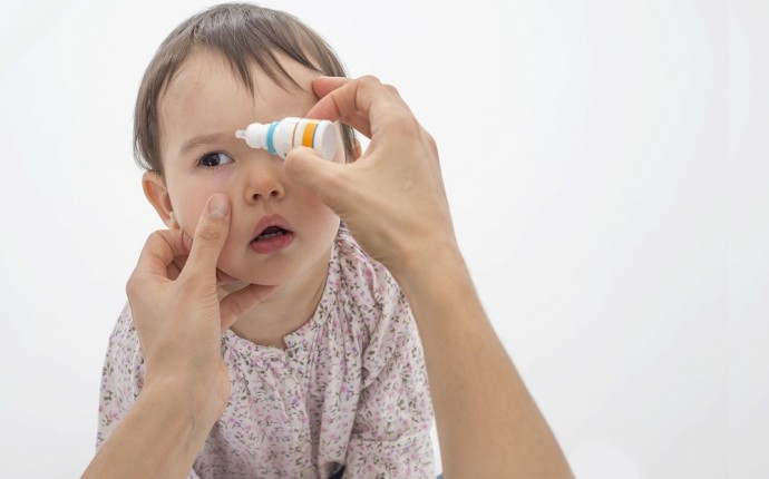 Как протекает конъюнктивит у детей