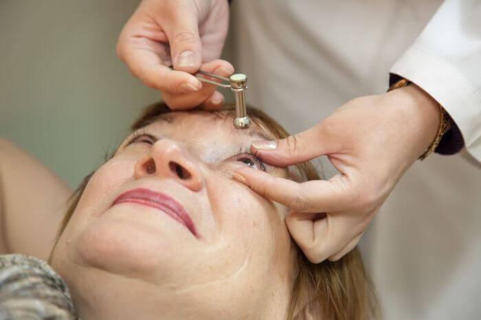 Прибор для измерения глазного давления в домашних условиях